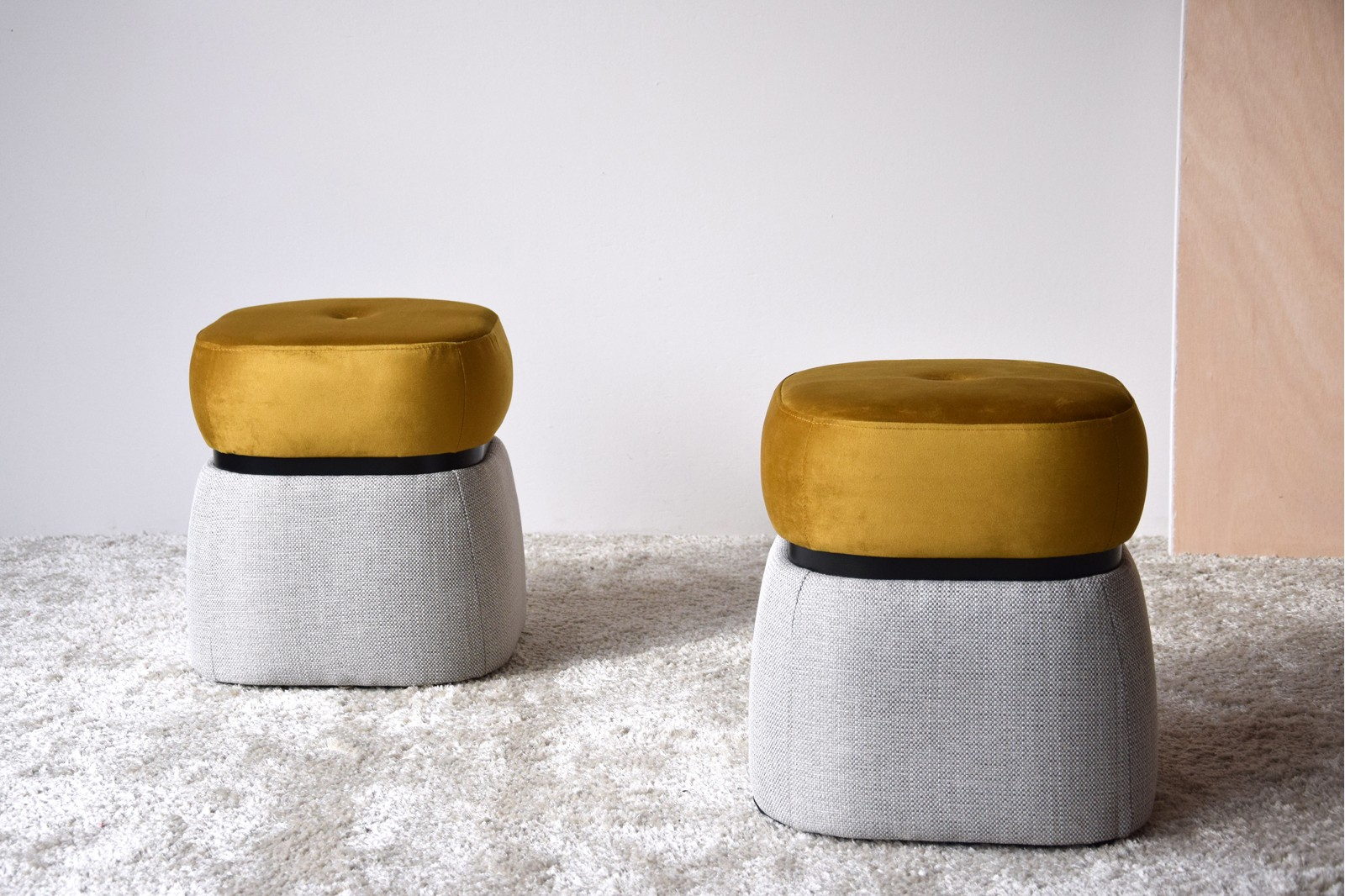 SET 2 STOOLS. BEIGE AND DARK MUSTARD YELLOW