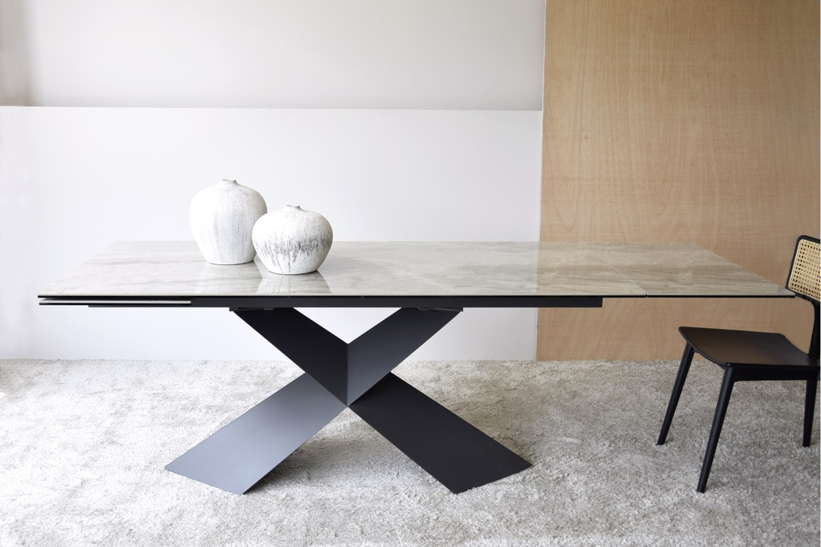 EXTENSIBLE DINING TABLE CERAMIC TOP AND METAL
