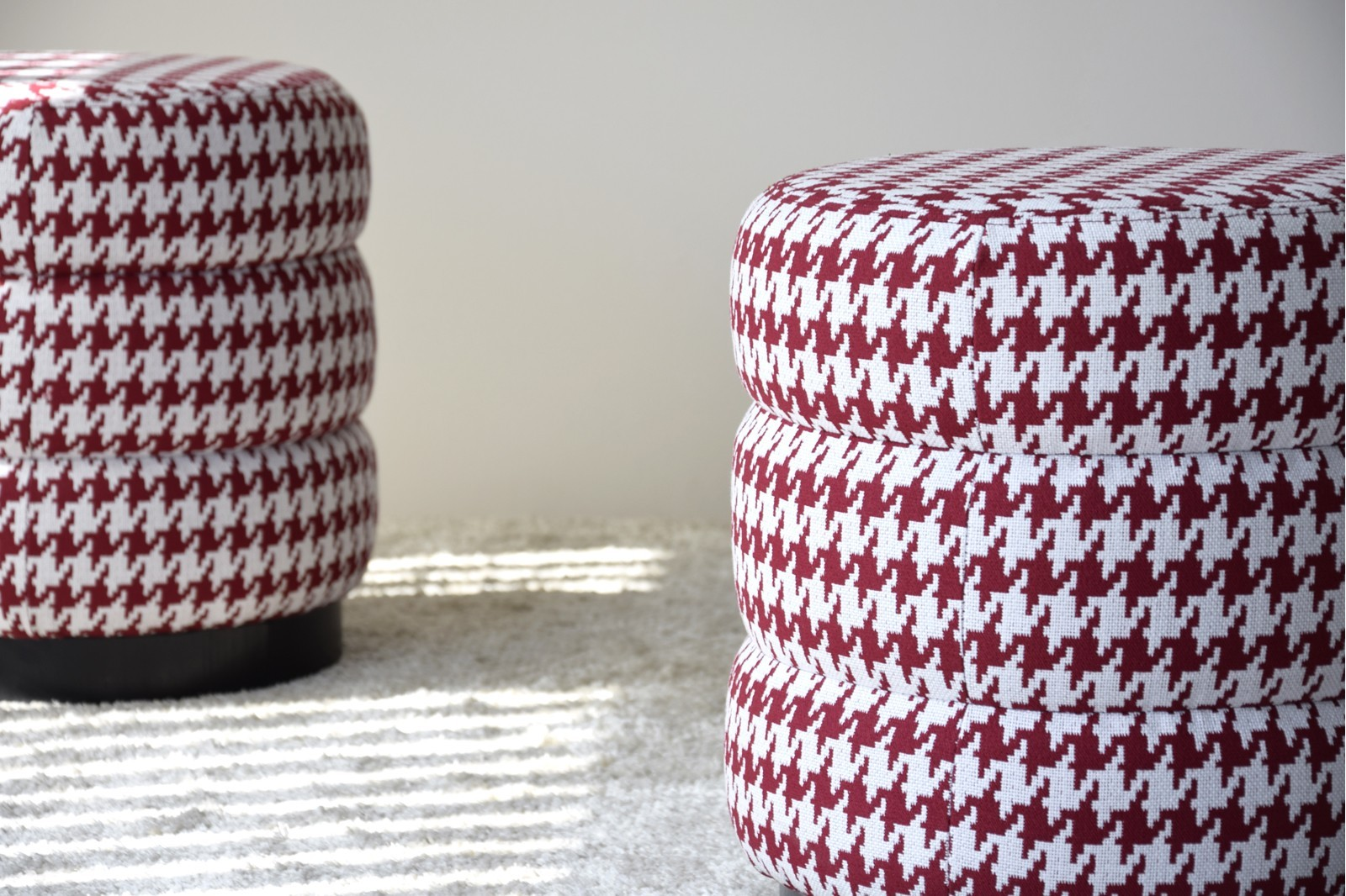 SET 2 STOOLS. HOUNDSTOOTH FABRIC.MAROON AND WHITE