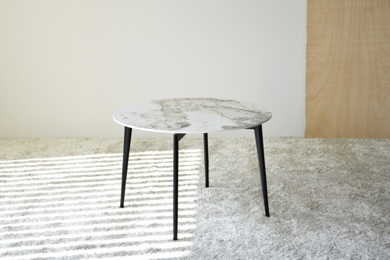 ROUND SIDE TABLE. SINTERED STONE AND METAL