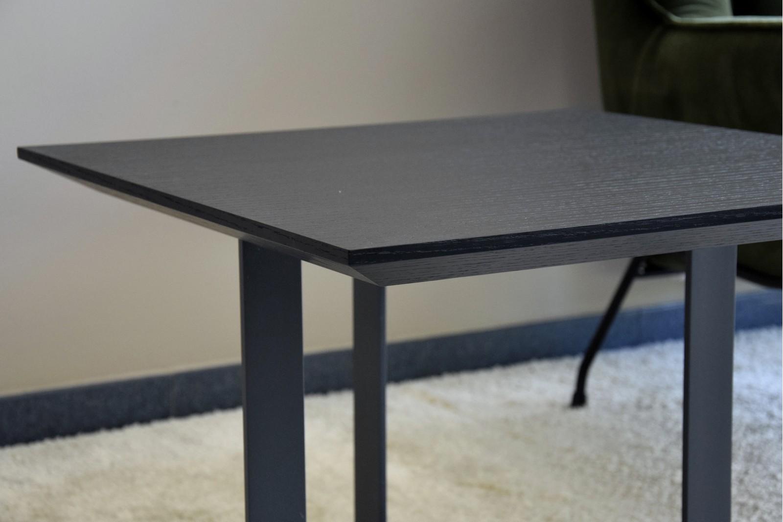 SQUARE SIDE TABLE. MATT BLACK OAK VENEER AND METAL