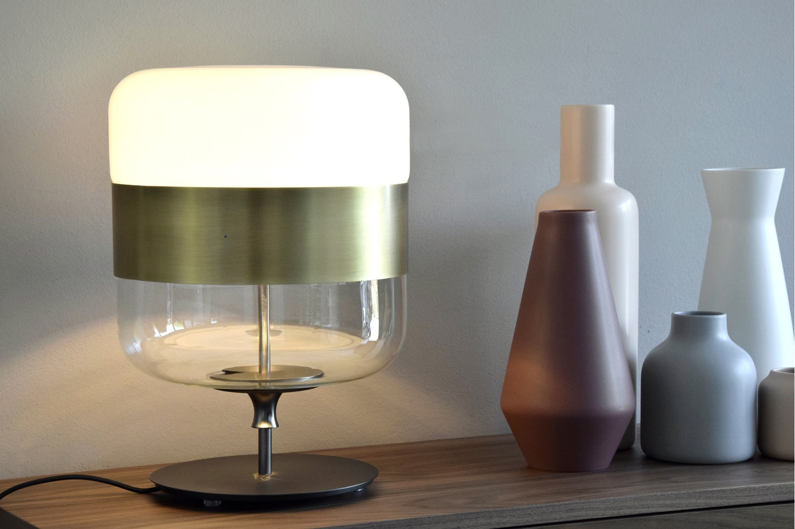 NÉBOA TABLE LAMP. LOW