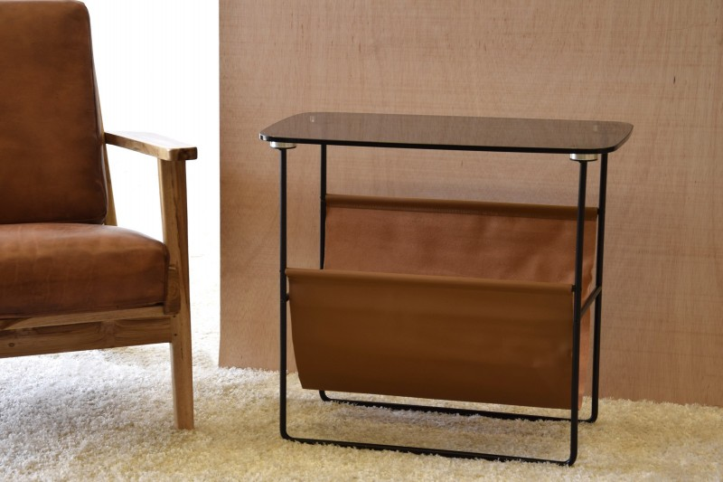 SIDE TABLE WITH FOLDER