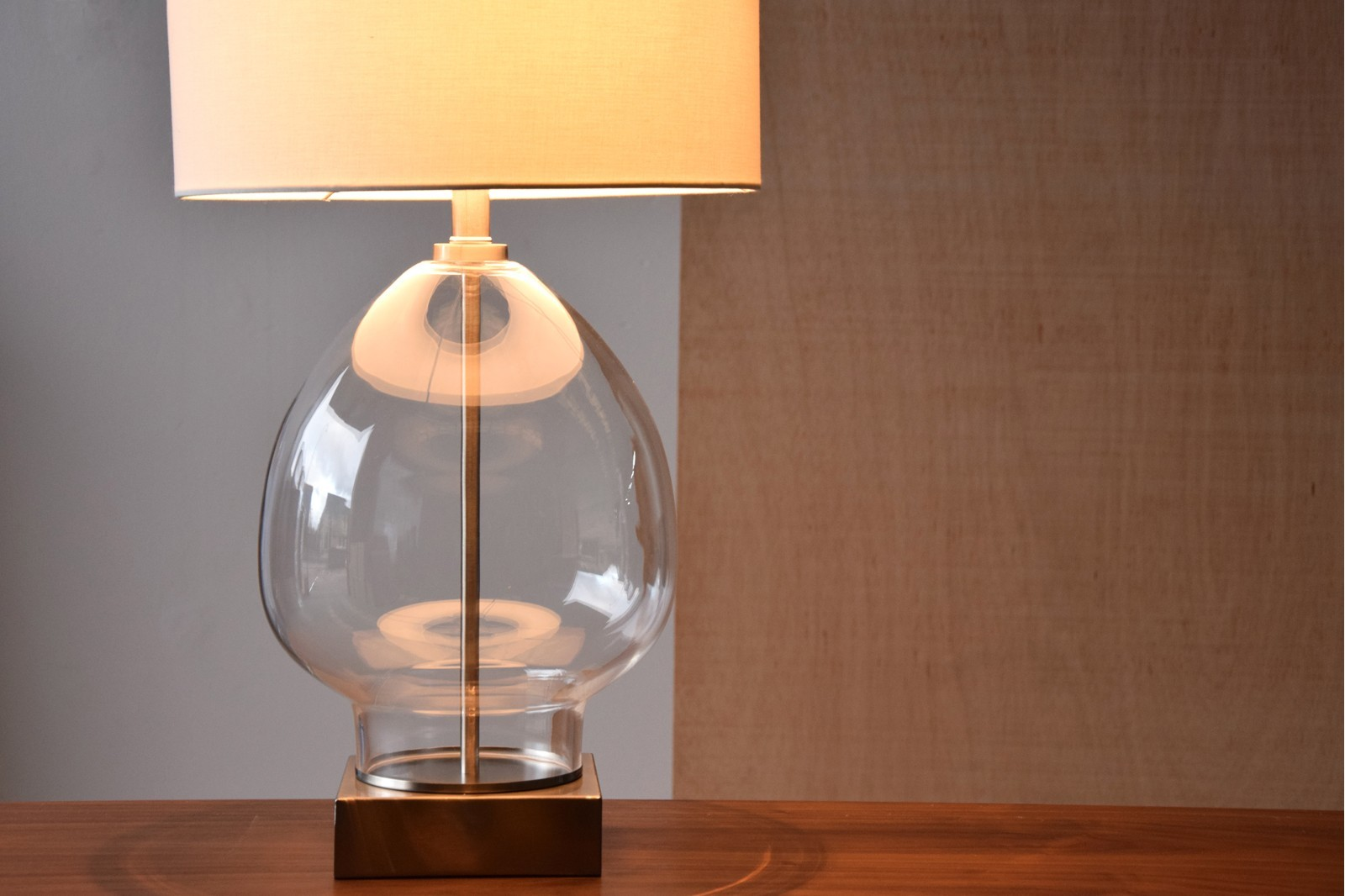 CLEAR GLASS TABLE LAMP ANA WITH SHADE