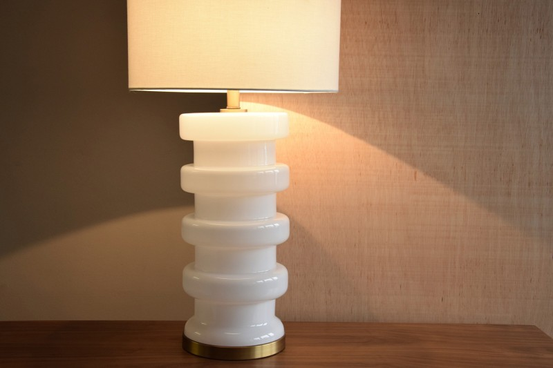 WHITE GLASS TABLE LAMP TOWER WITH SHADE