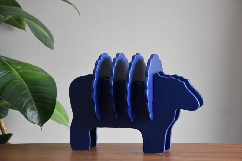 GERTRUDIS SHEEP SCULPTURE. MATT BLUE