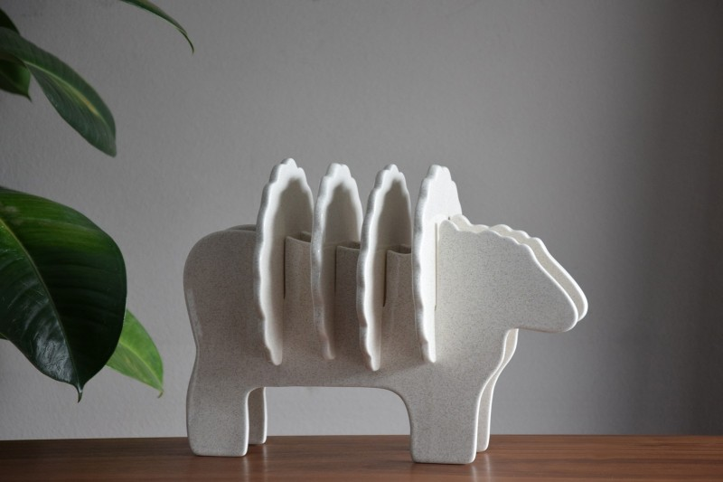 GERTRUDIS SHEEP SCULPTURE WHITE WITH SPECKLES