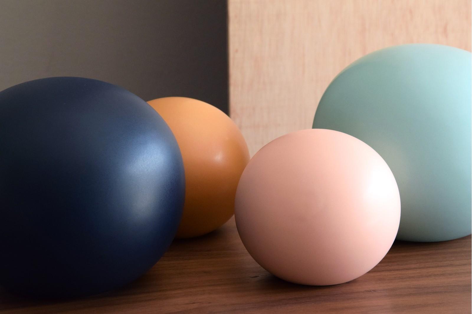 COLOUR COLLECTION: CERAMIC BALLS