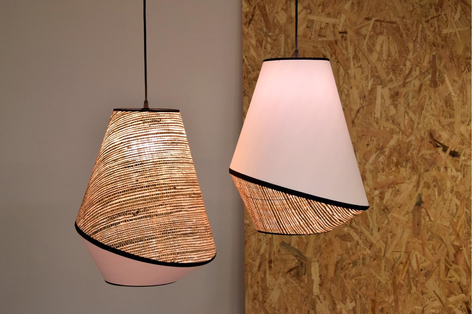 CEILING LAMP. WHITE  RAFFIA  AND BLACK