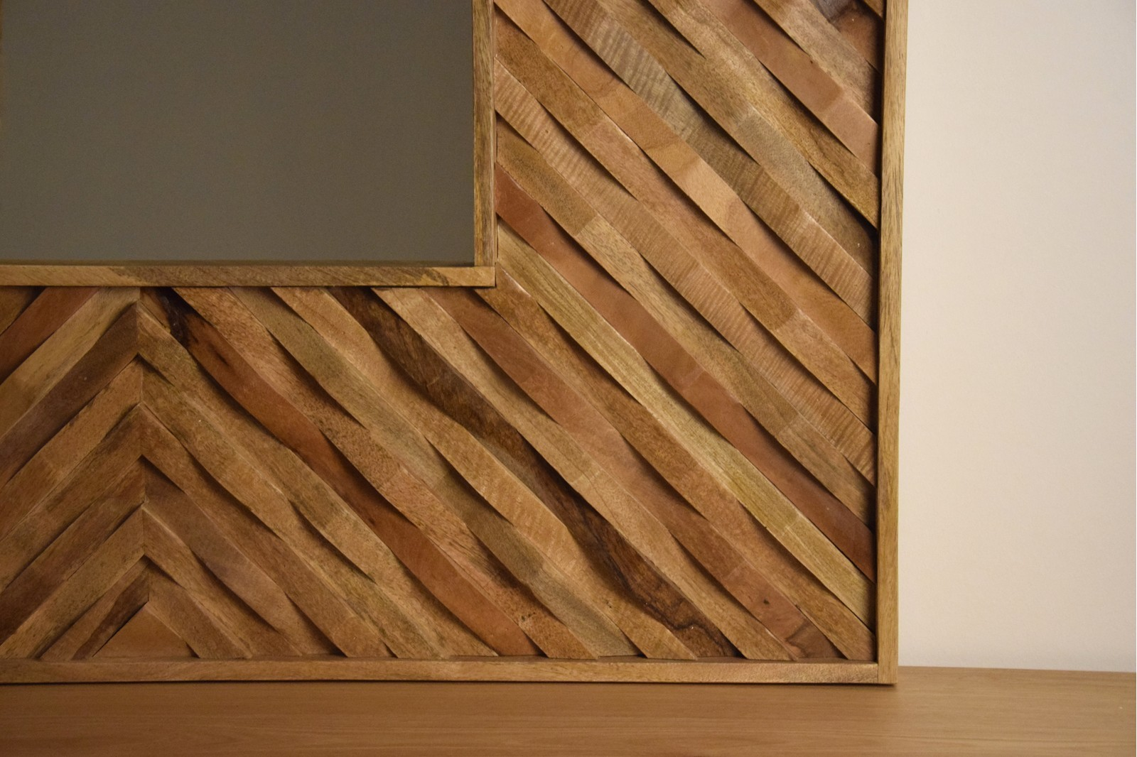 WOODEN SQUARE MIRROR