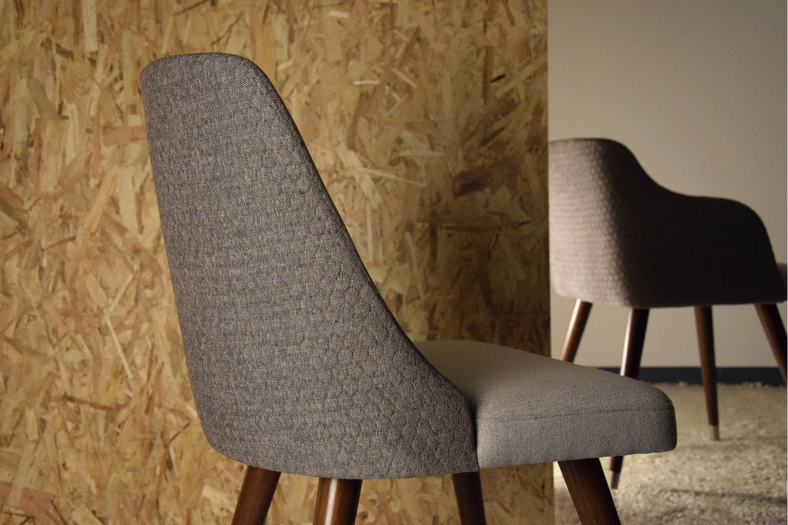 SET 2 DINING CHAIRS