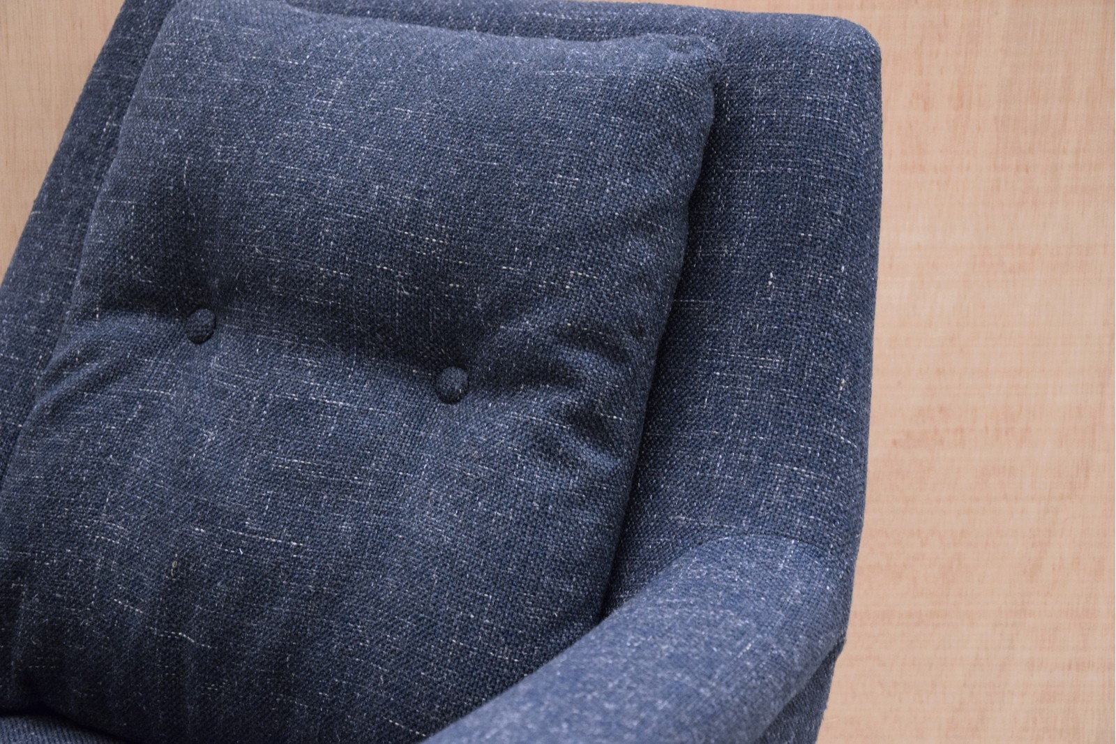 ARMCHAIR DARK BLUE COLOR