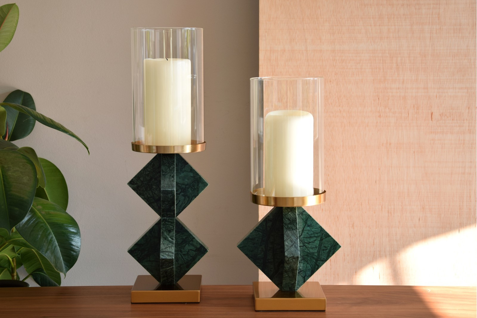 CANDLEHOLER COLLECTION. GLASS AND GREEN MARBLE