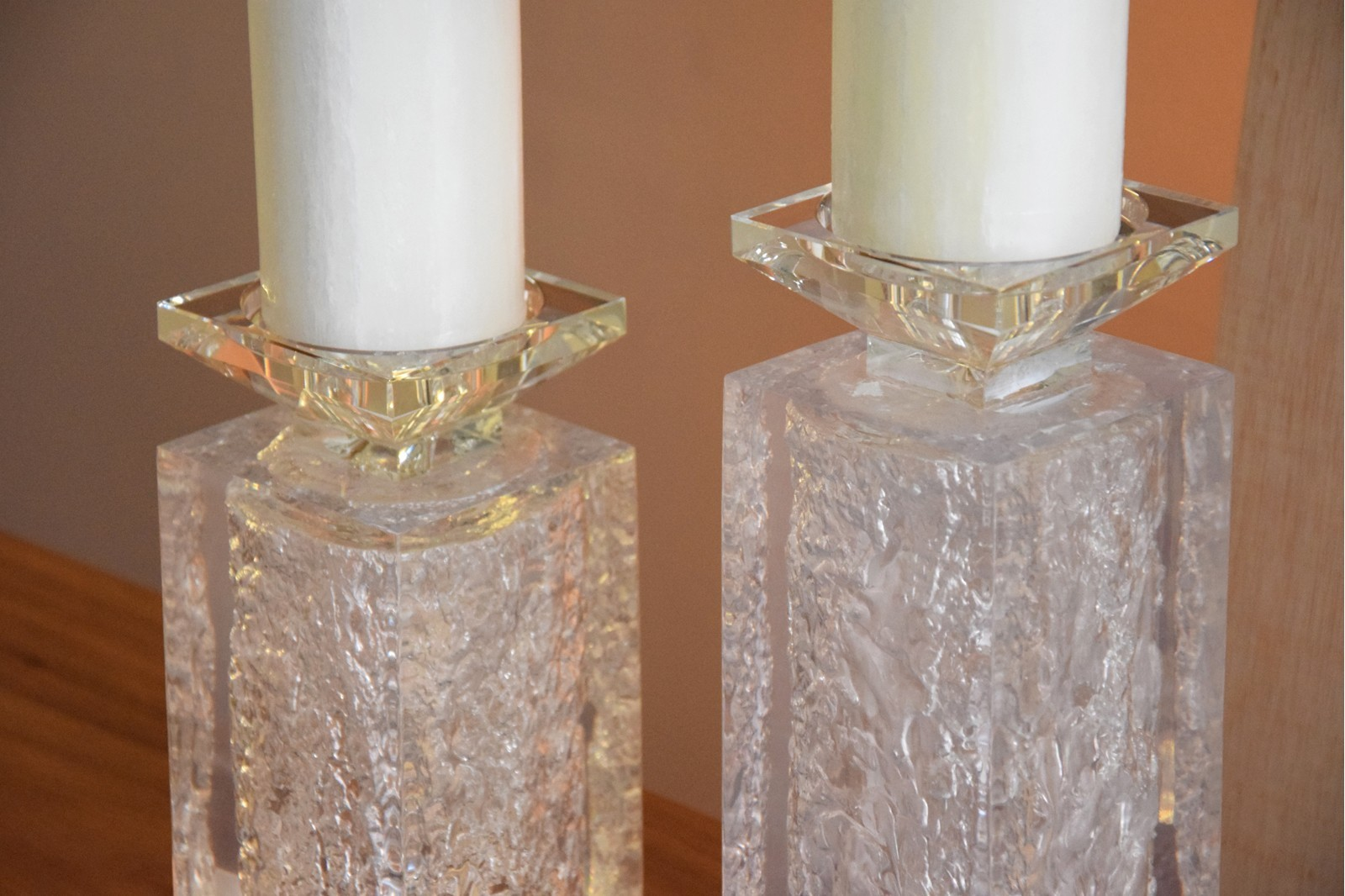 CANDLEHOLDER IN CRYSTAL AND RESIN. LARGE