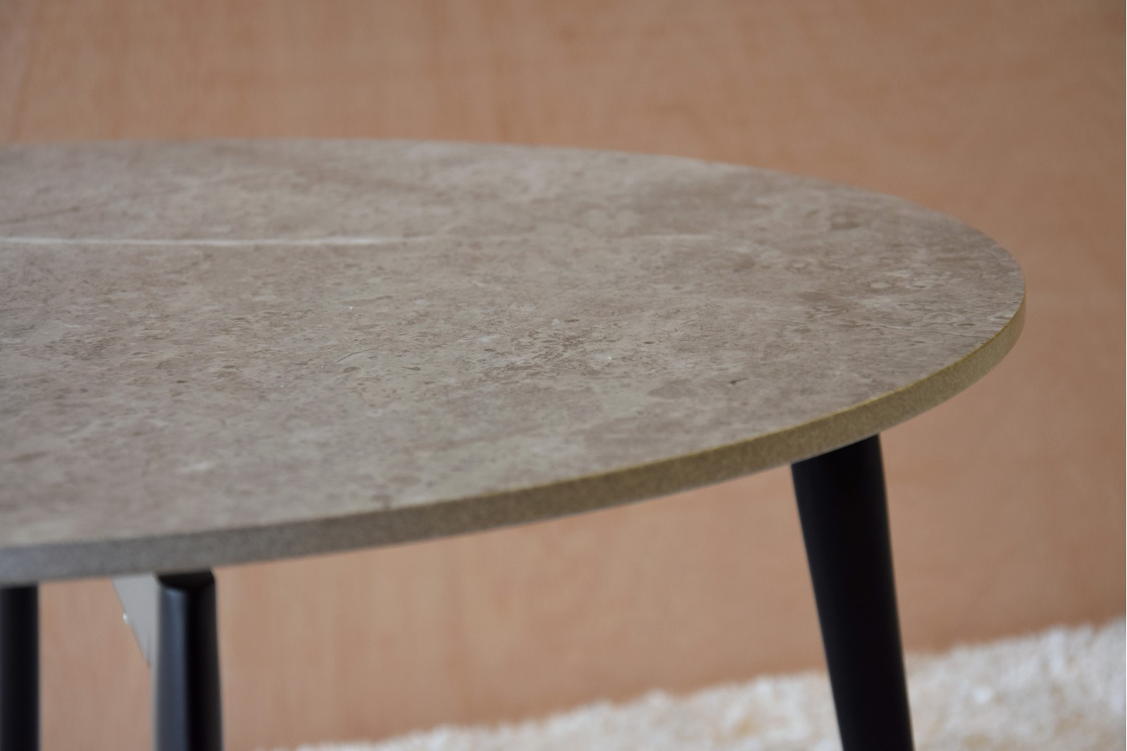 ROUND SIDE TABLE. CERAMIC AND METAL