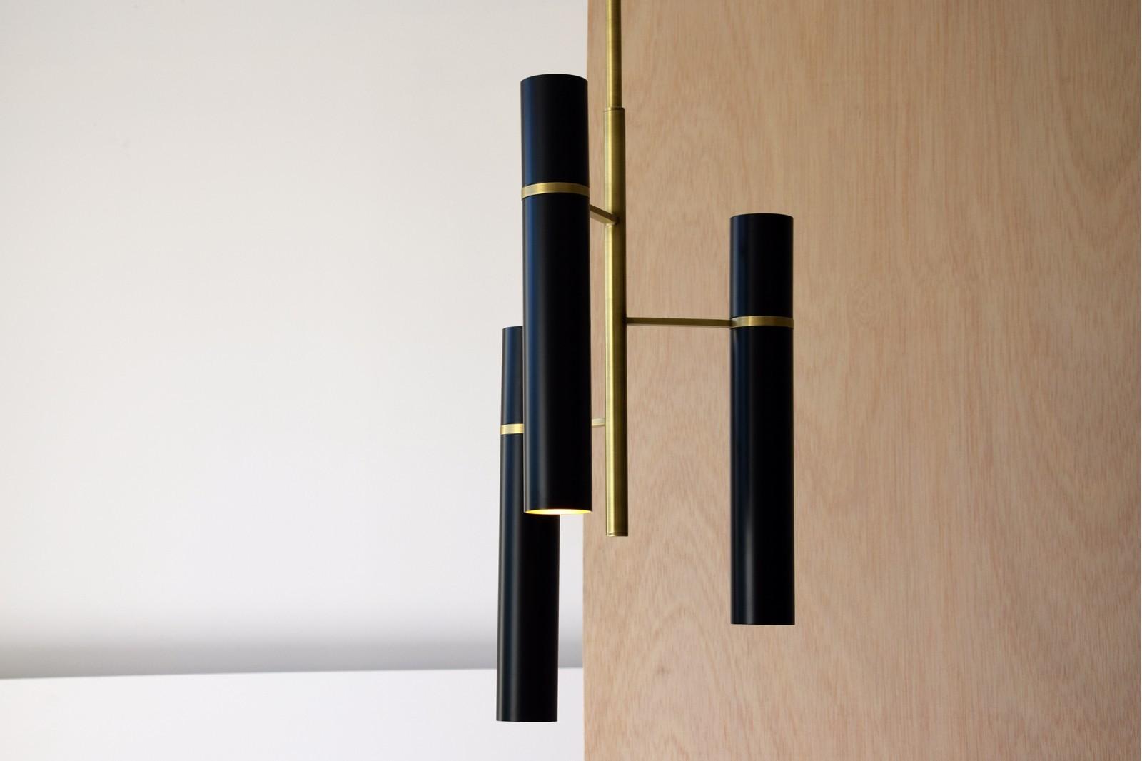 SINXELA CEILING LAMP. BLACK METAL GOLDEN DETAILS