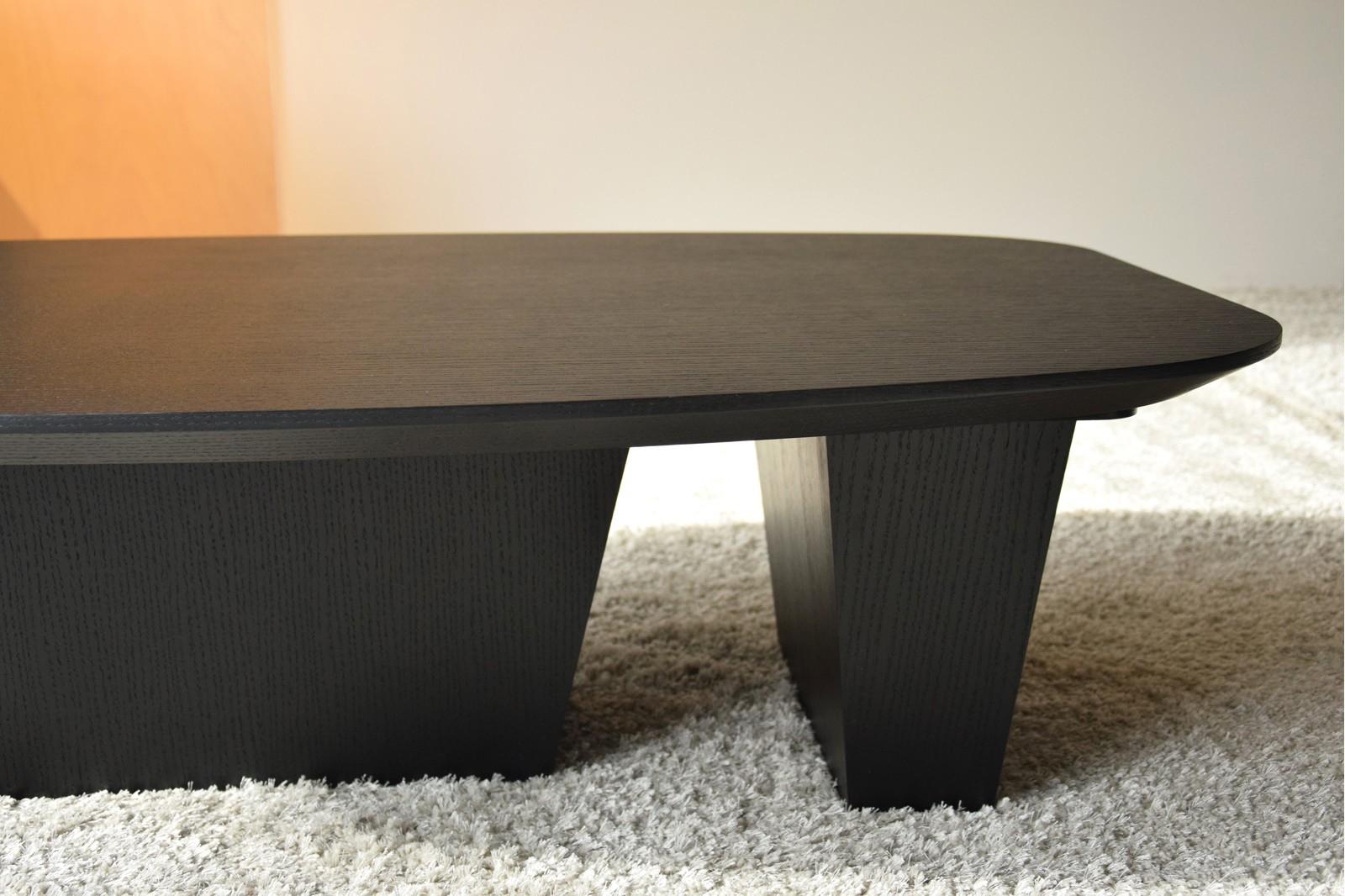 COFFEE TABLE. MATT BLACK OAK
