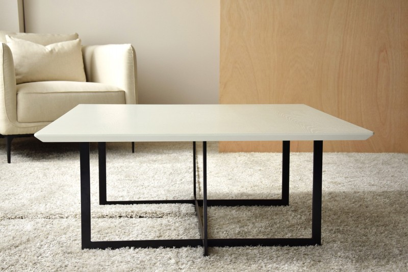 SQUARE COFFEE TABLE.MATT WARM WHITE ASH -BLACK