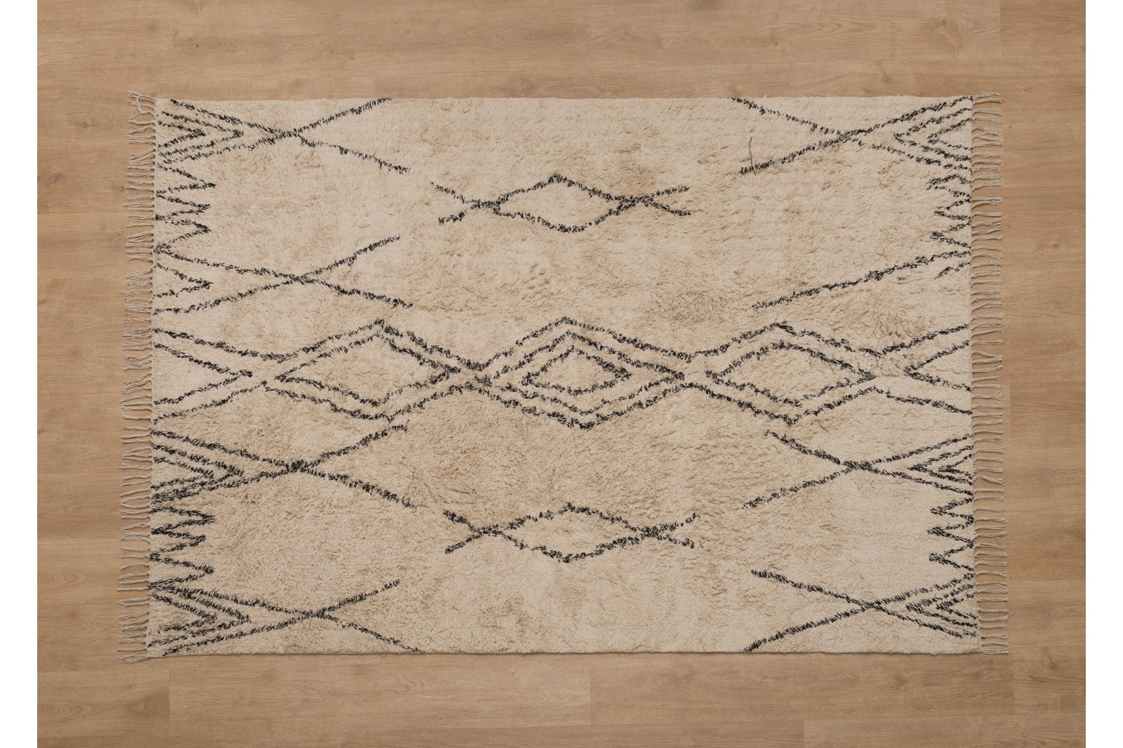 AGNES RUG. COTTON AND GEOMETRIC PATTERNS
