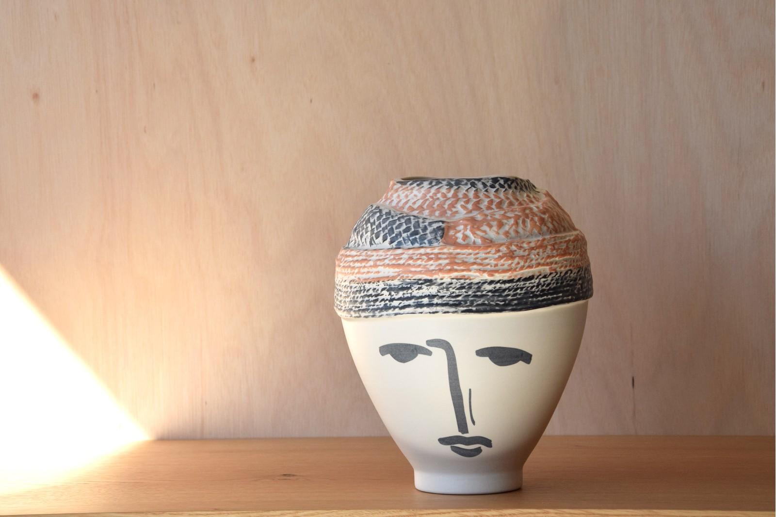 GRETA COLLECTION: VASES CERAMIC HEADS