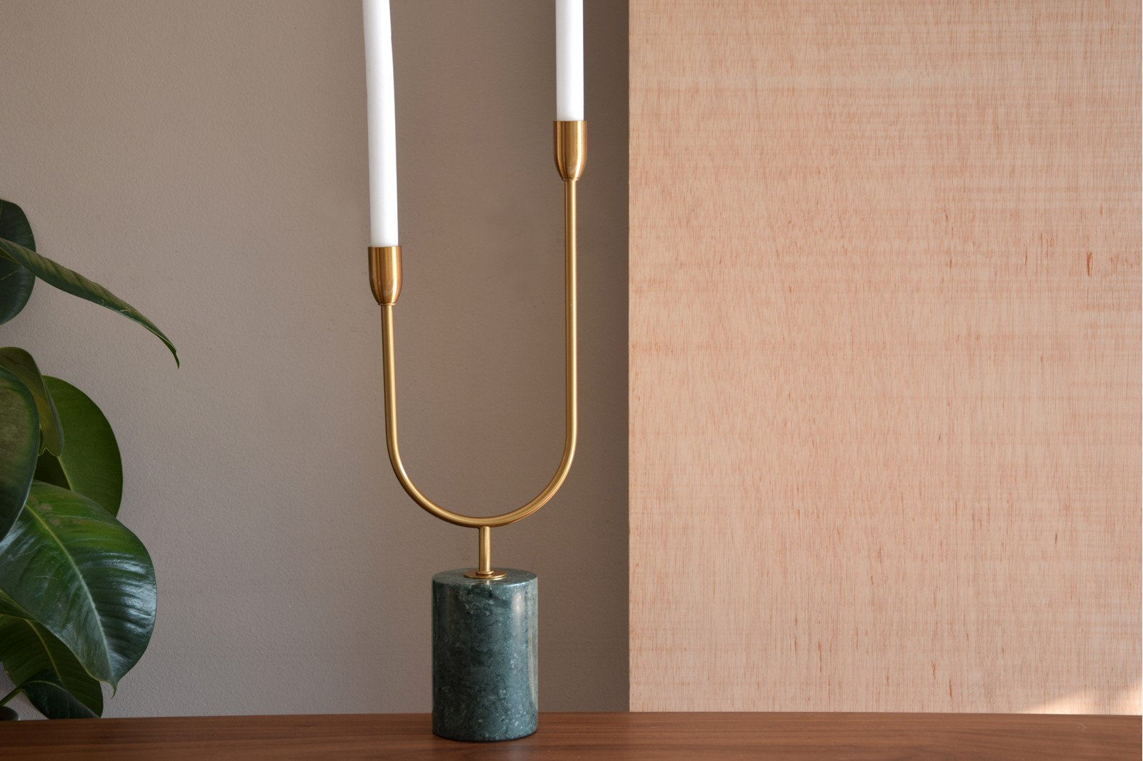 CANDLEHOLDER COLLECTION. METAL AND GREEN MARBLE