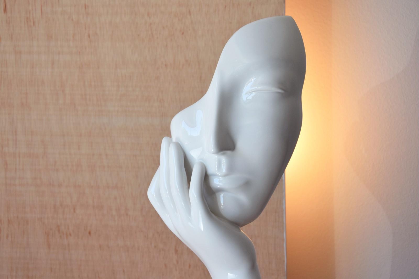 FACES COLLECTION. CONTEMPORARY CERAMIC SCULPTURE WHITE GLOSS