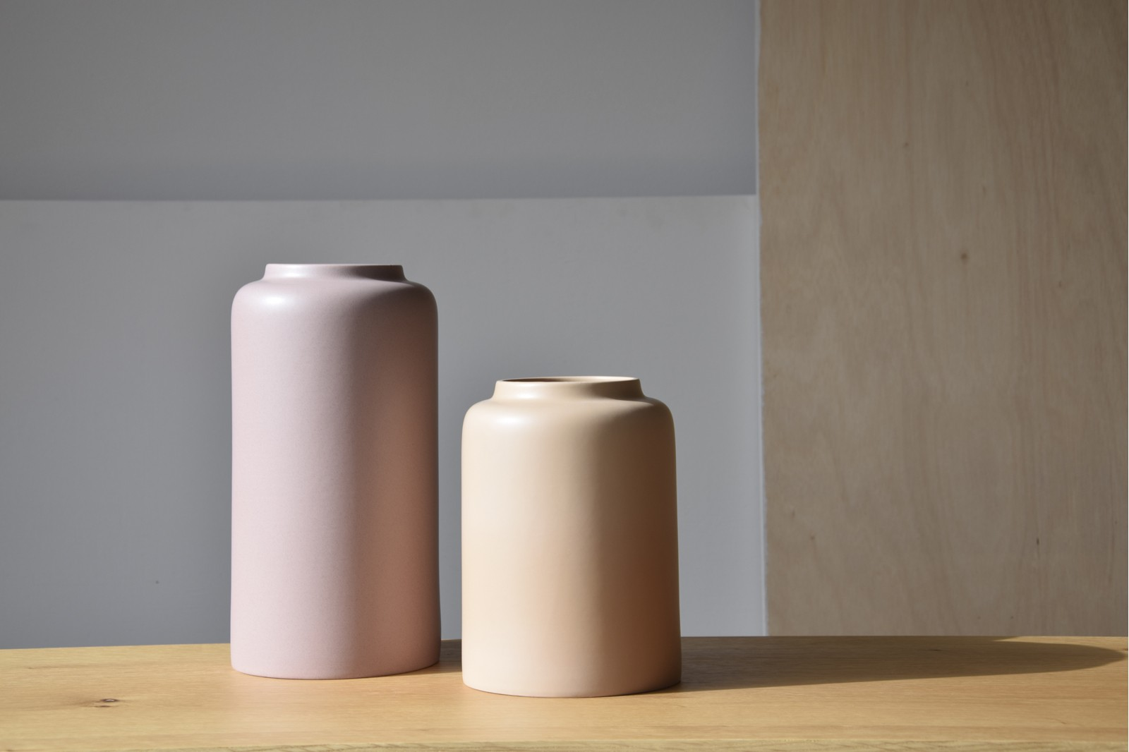NATURAL COLLECTION: CERAMIC VASES