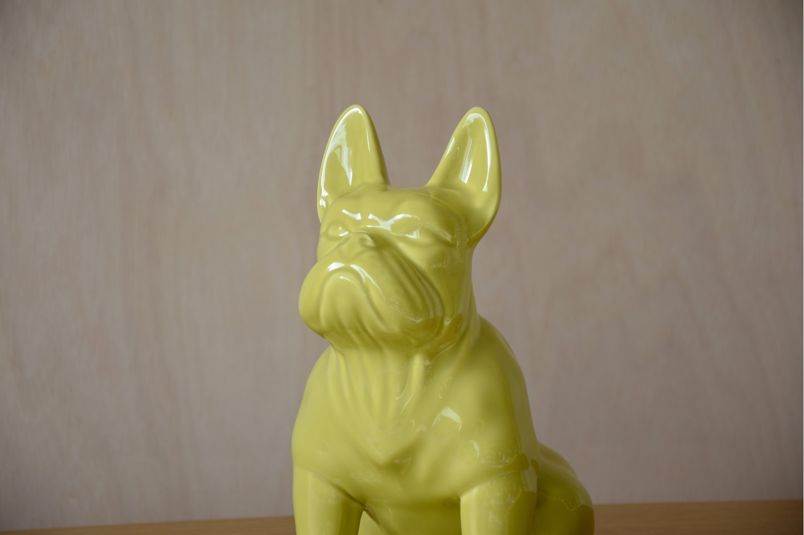 BULLDOG SCULPTURE. CERAMIC YELLOW. LARGE
