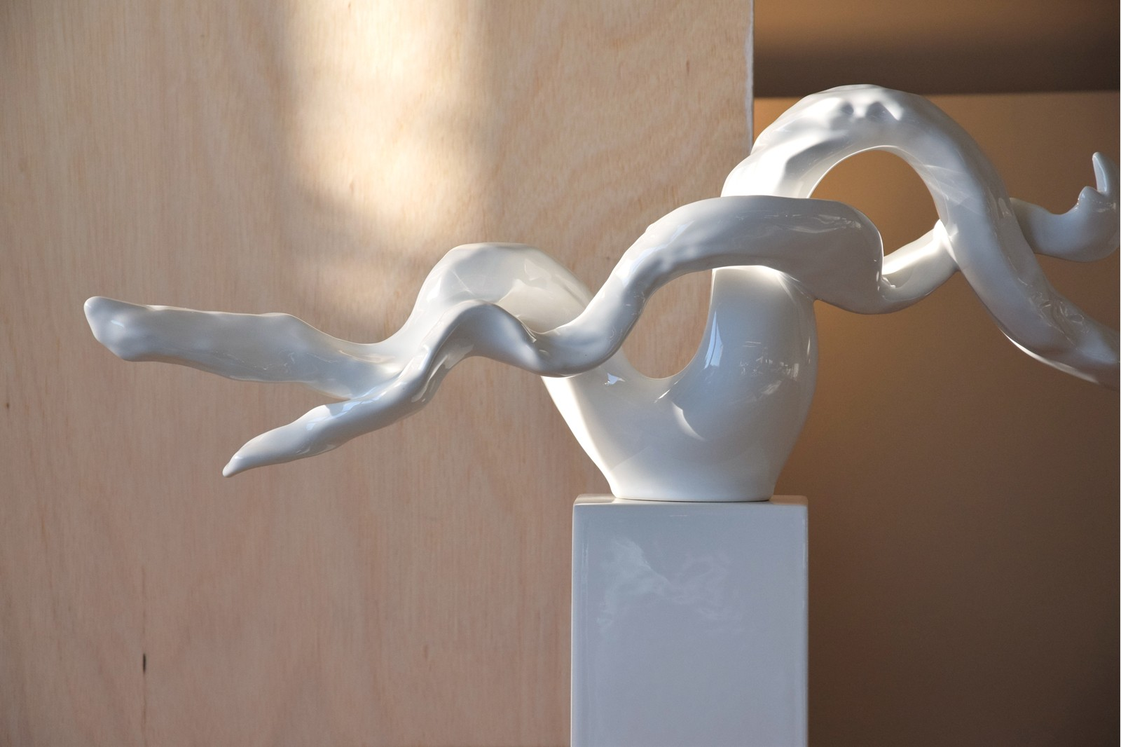 ABSTRACT CERAMIC SCULPTURE