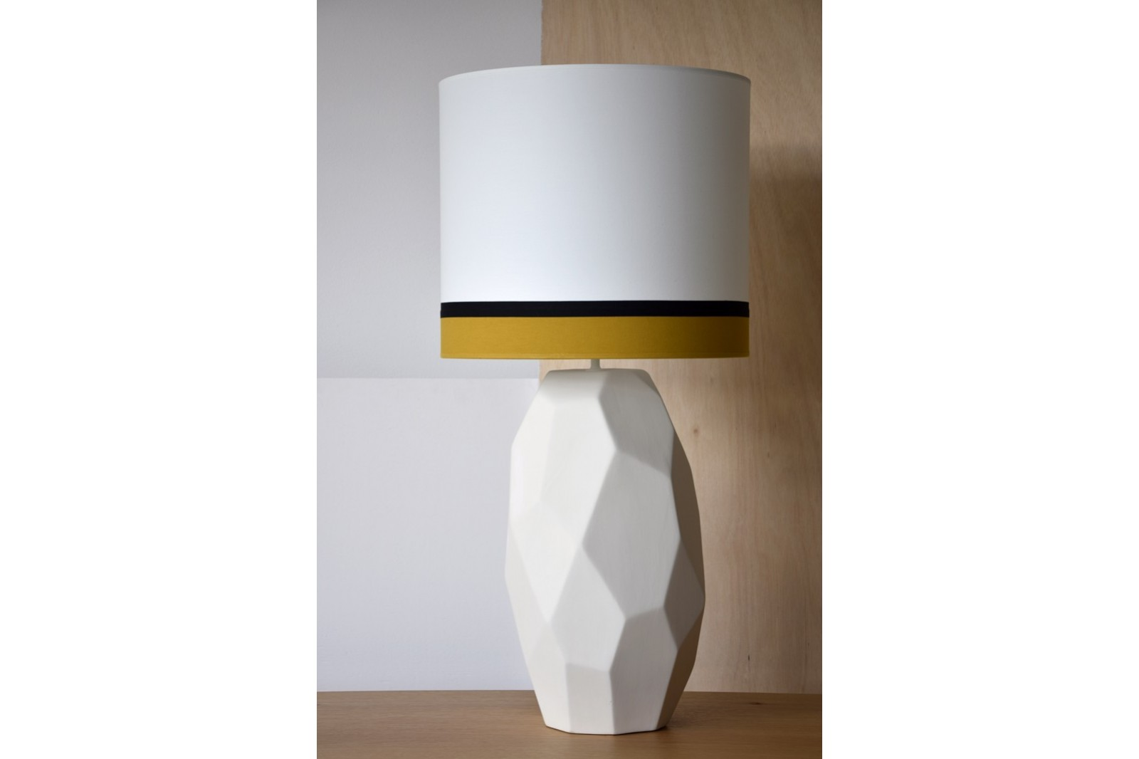 CERAMIC LAMP MARS W/SHADE