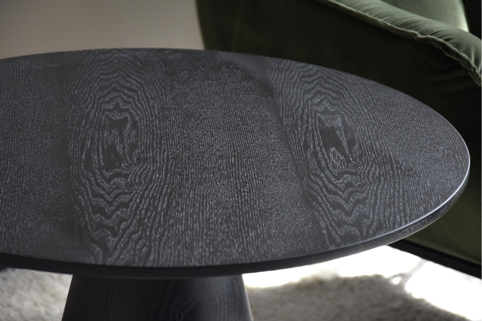 ROUND SIDE TABLE. MATT BLACK ASH VENEER