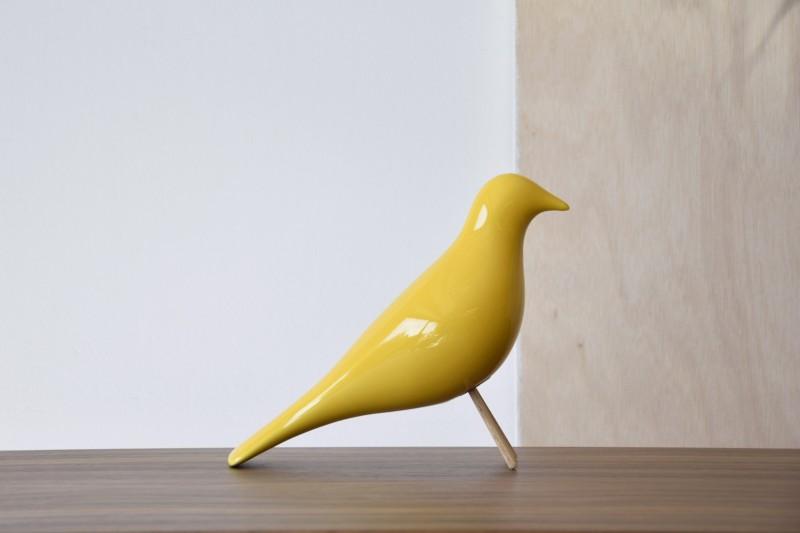 CERAMIC BIRD. GLOSSY YELLOW
