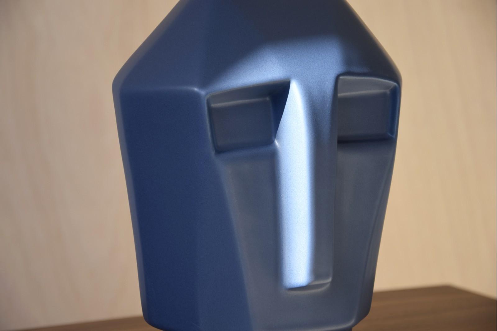 CERAMIC HEAD SCULPTURE MATT DARK BLUE