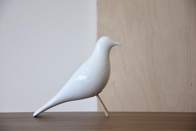 CERAMIC BIRD. GLOSSY WHITE